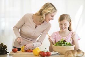 ibu-anak-salad